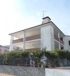 Vendita diretta appartamenti  trilocali a Porto Garibaldi vicini al mare