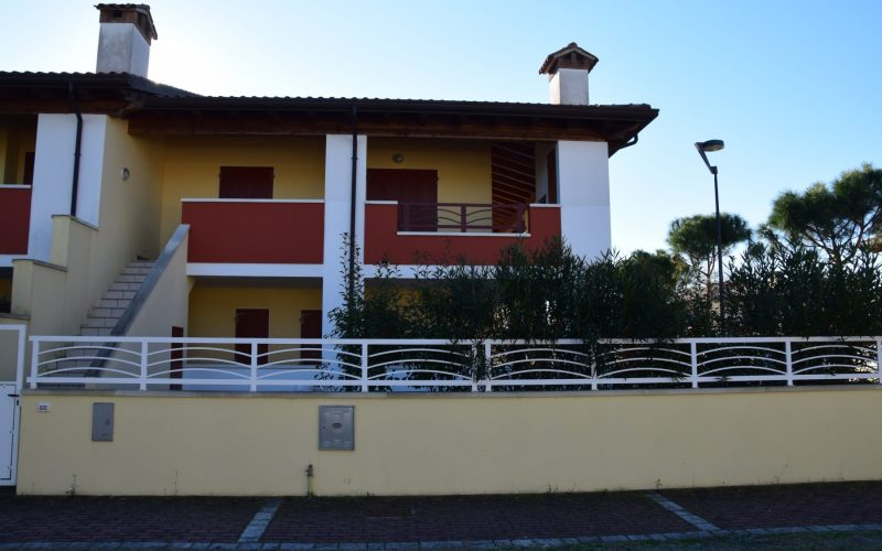 Villa quadrilocale angolare disposta al primo piano